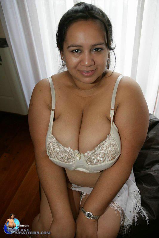 old nude hispanic women