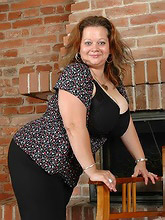 incredibly busty bbw bombshell